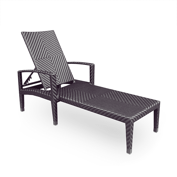 outdoor wicker lounge chair